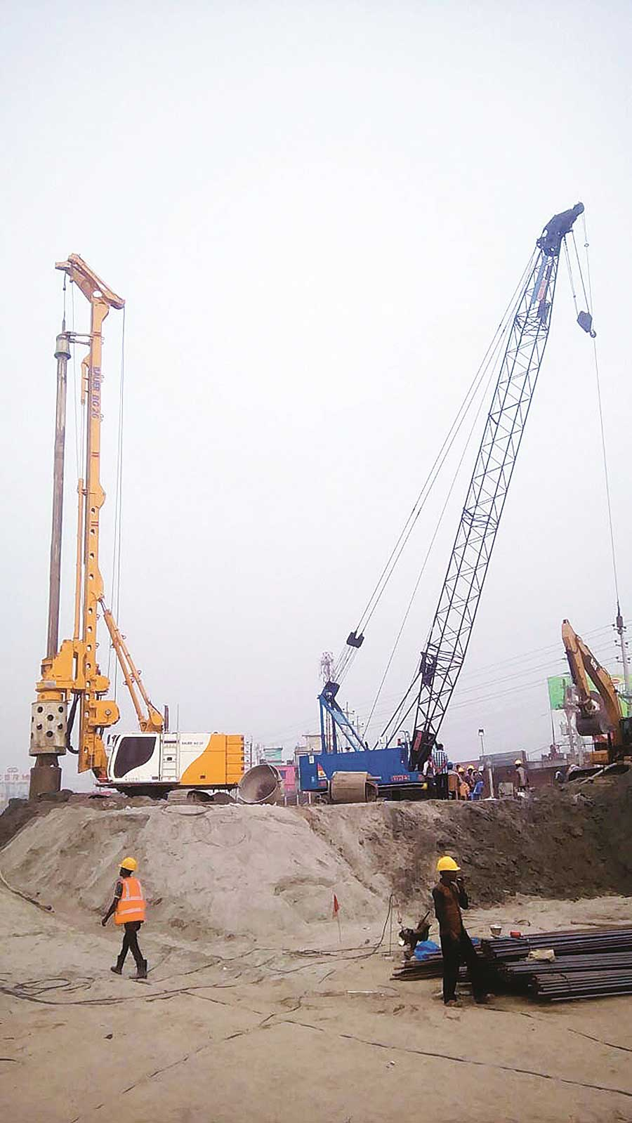 Construction of 1200 φ bored pile for Tegharia Interchange on N8 Project.