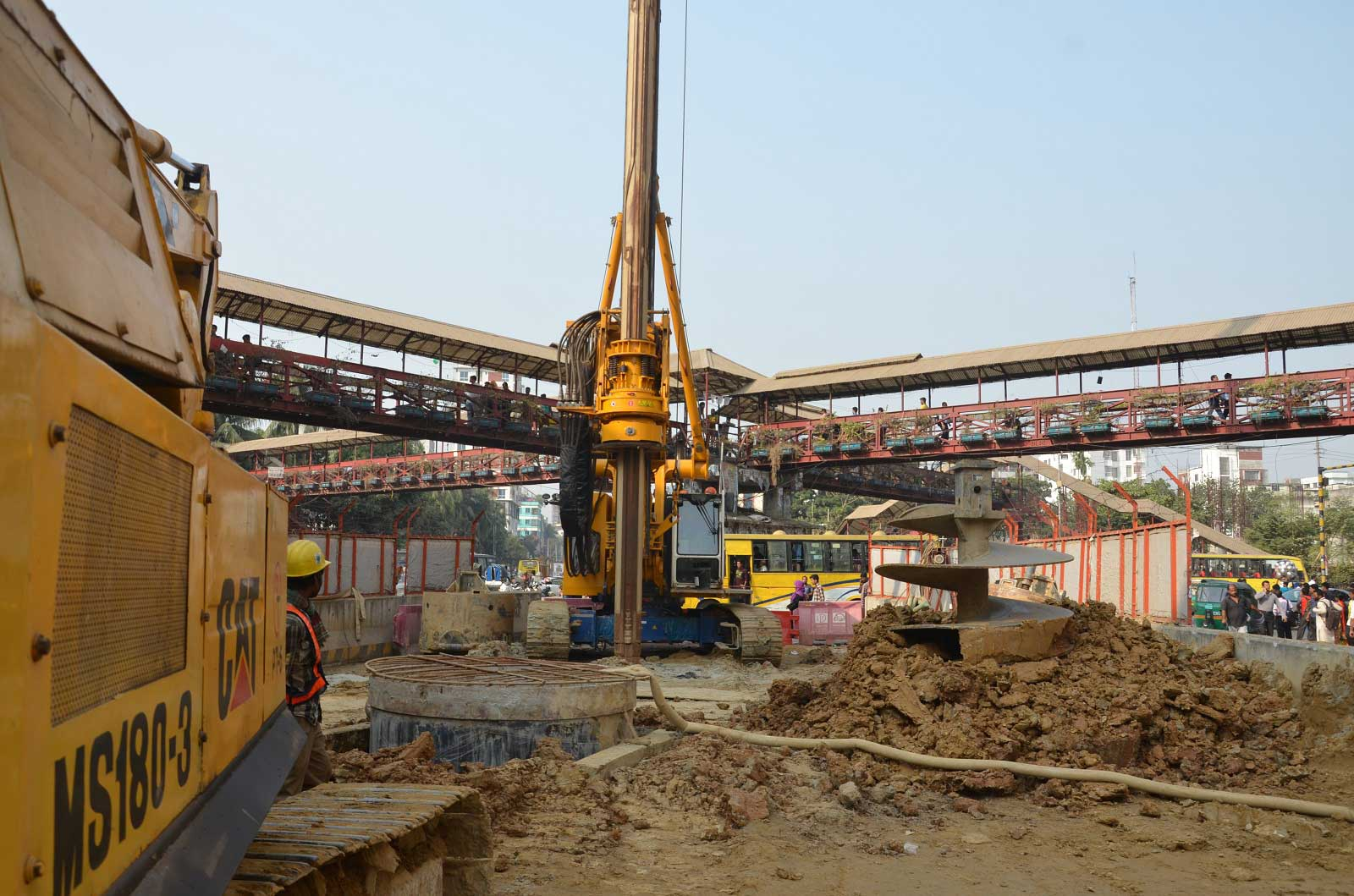 Construction of 1800 φ bored pile for DMRT Line–6, Cp–04, Mirpur–10.